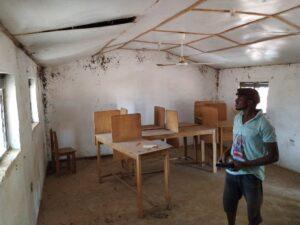 ICT-Lab in Guabuliga vor der Renovierung von innen.